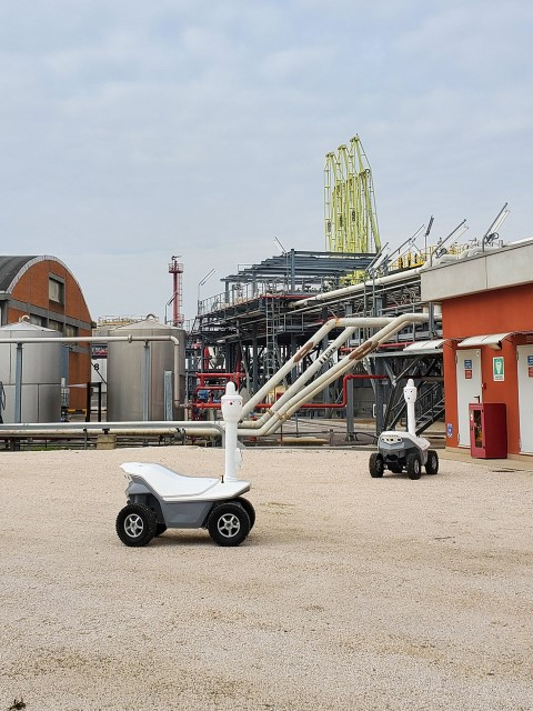 industrial security guard robot in USA