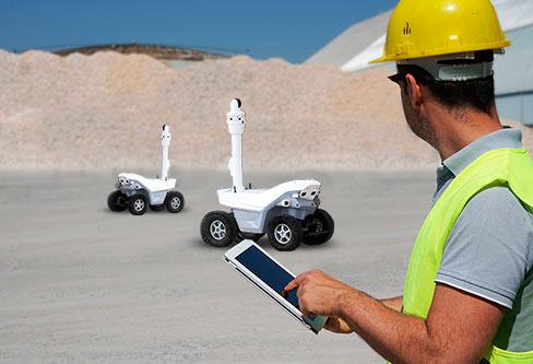 Une flotte de robots est la base de<br>service de sécurité par robots auto-géré